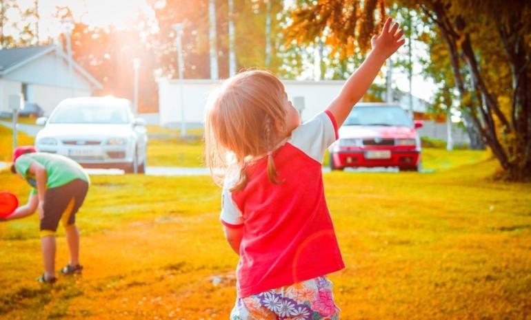 Como_fazer_uma_criança_desenvolver_hábitos_saudáveis.jpeg.jpeg